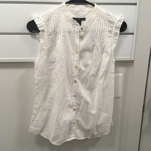 Gap size XS white button down dot blouse